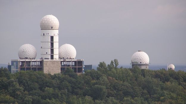 Teufelsberg, A. Mauruszat, September 2007, via Wikimedia Commons