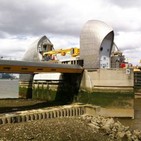 The Thames Barrier, built with marine aggregates